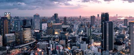 梅田スカイビルの空中庭園からみた夜景