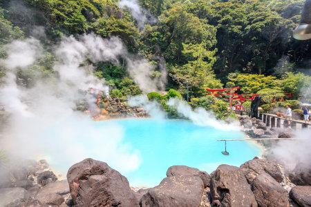大分県の温泉「海地獄」
